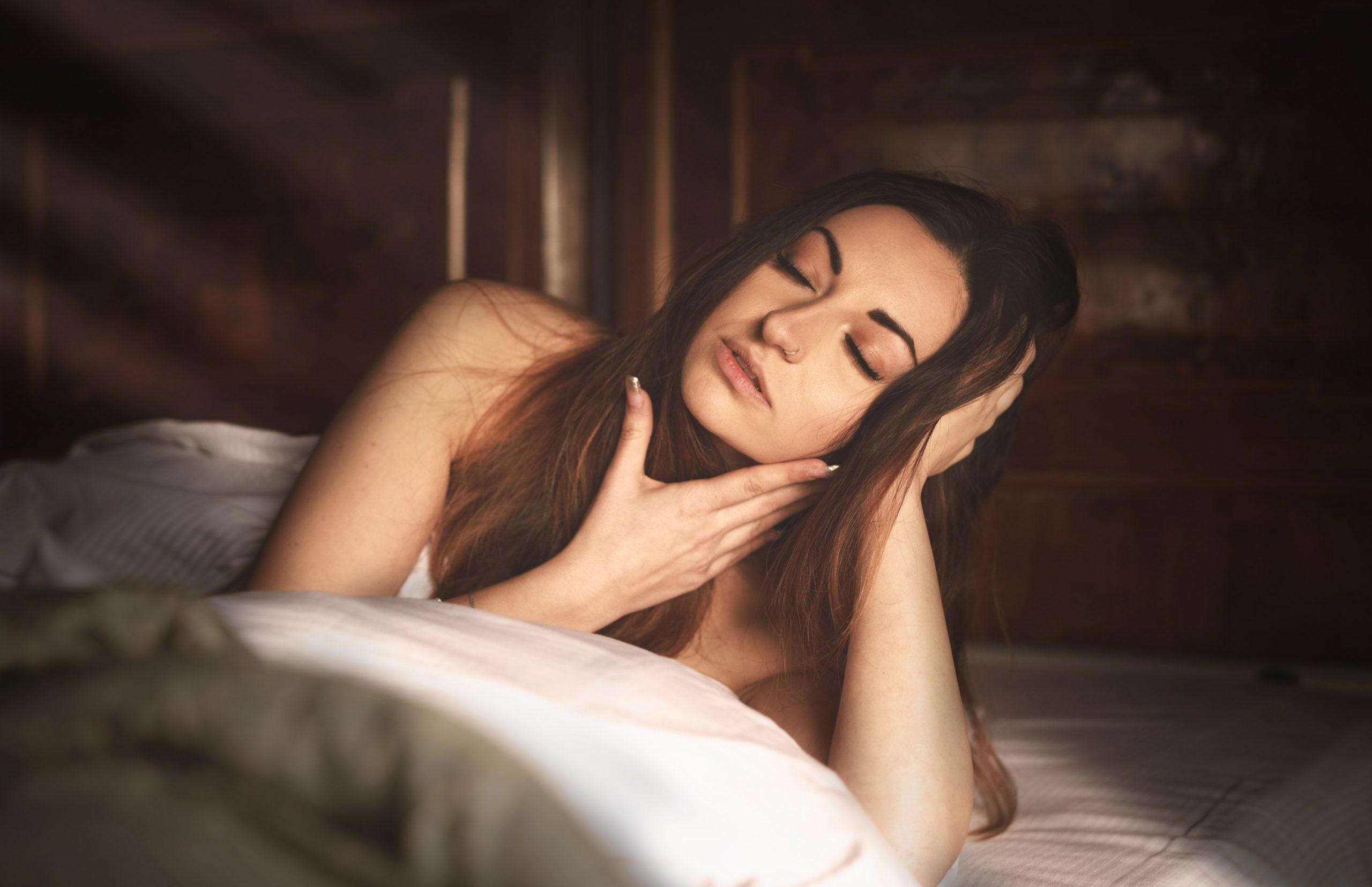 Categorie: Boudoir & Nude, Glamour, Portrait; Photographer: LUCA BARTOLI (ElleBierre photographer); Model: JESSICA KERCI; Mua: ANTONELLA IOVINE; Location: Ferrara, FE, Italia