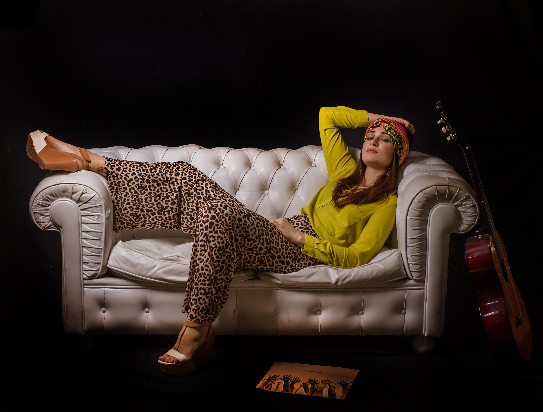 Category: Fashion, Portrait; Photo: RAFFAELE AURITI; Mua: MARZIA CRISTINO; Model: MARTINA DI COLA; Location: PESCARA