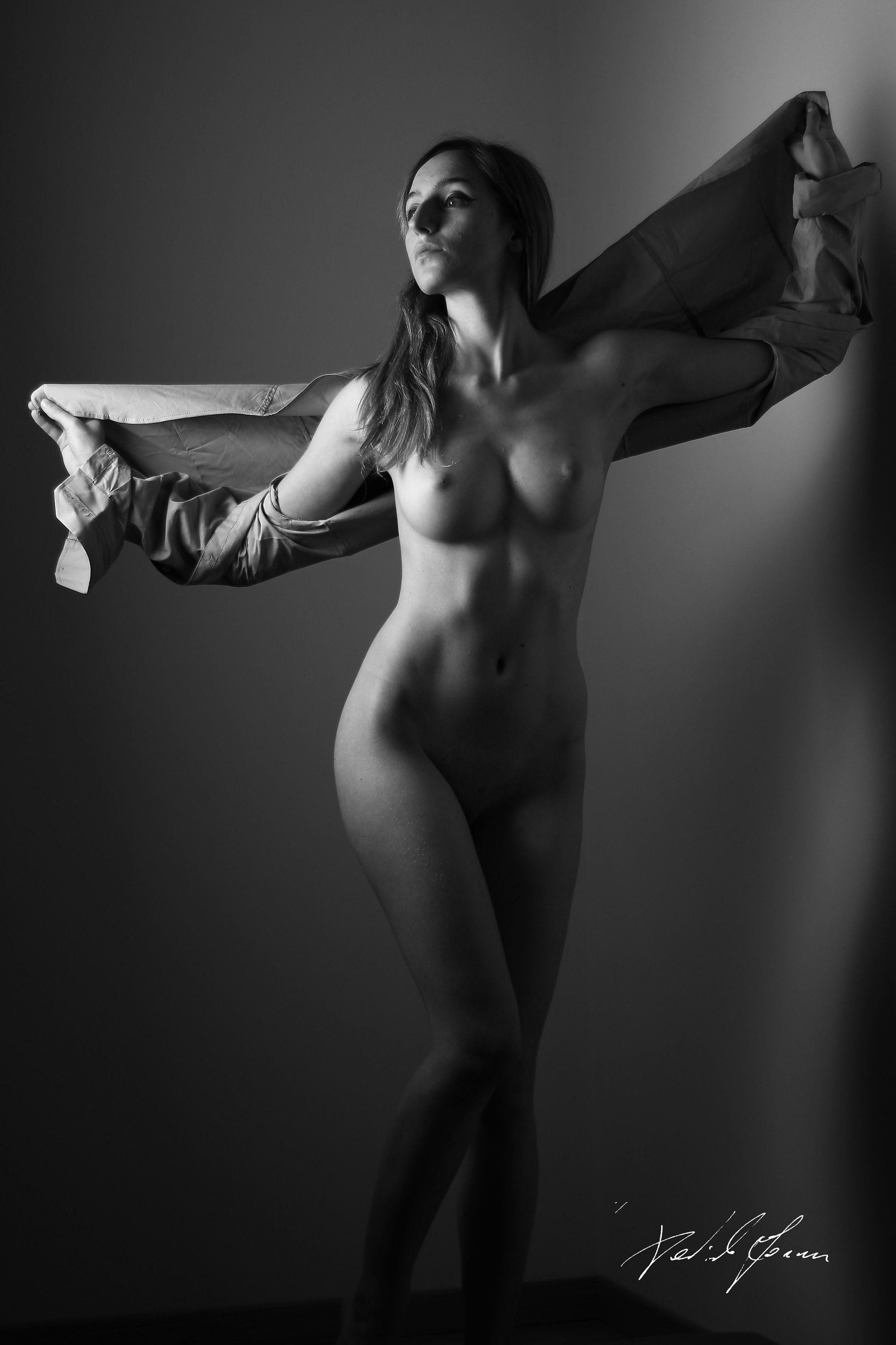 Categories: Boudoir & Nude, Fine Art, Glamour Portrait; Ph. DANIELE FORNER; Model LORENZA DAL LAGO; Location: Treviso (TV)