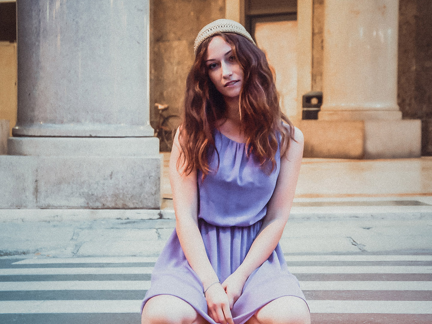 Categories: Fashion, Portrait, Street; Photo: ALESSIO CUNEGO; Model: ELENA CACCIALANZA; Location: Cremona, CR