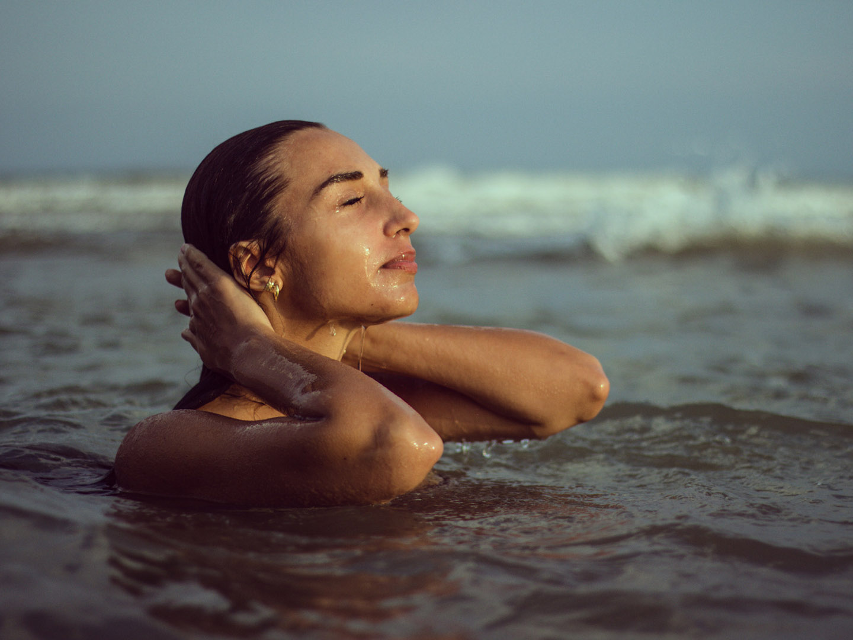 Categories: Glamour, Portrait; Photo: GIORGIA BRISOTTO (Brisottophotography); Model: AURORA CARNIO; Location: Eraclea Mare, VE