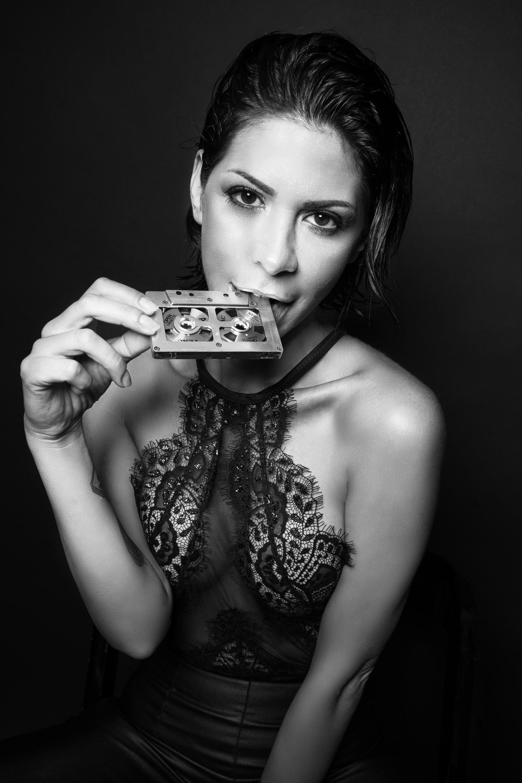 Categorie: Fashion, Glamour, Portrait; Model: NAUSICA CARDONE; Ph. STEFANO AQUILANO; MUA: JONATHAN TABACCHIERA; Location: Francavilla al Mare, CH