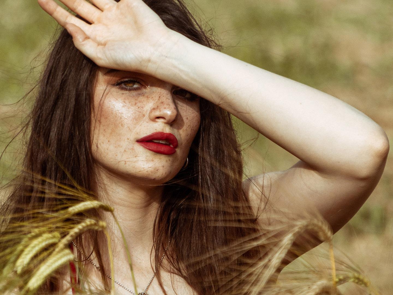 Categorie: Fine Art, Portrait; Photographer: MARTINA FACCINI; Model: VIRGINIA SCARMIGNAN; Location: Verona, VR, Italia