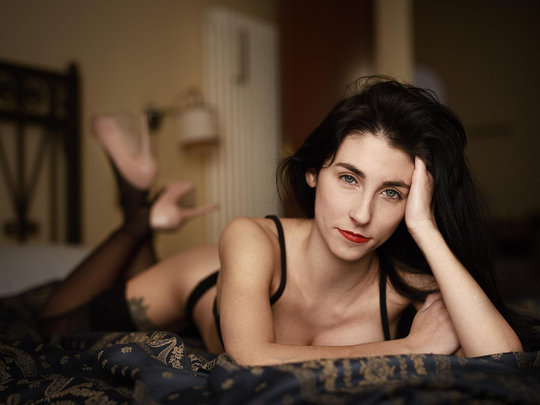 Categorie: Boudoir & Nude; Glamour, Portrait; Photographer: LUCA BARTOLI (ElleBierre photographer); Model: GESSICA LAVEZZO; Mua: ANTONELLA IOVINE; Location:Ferrara, FE, Italia